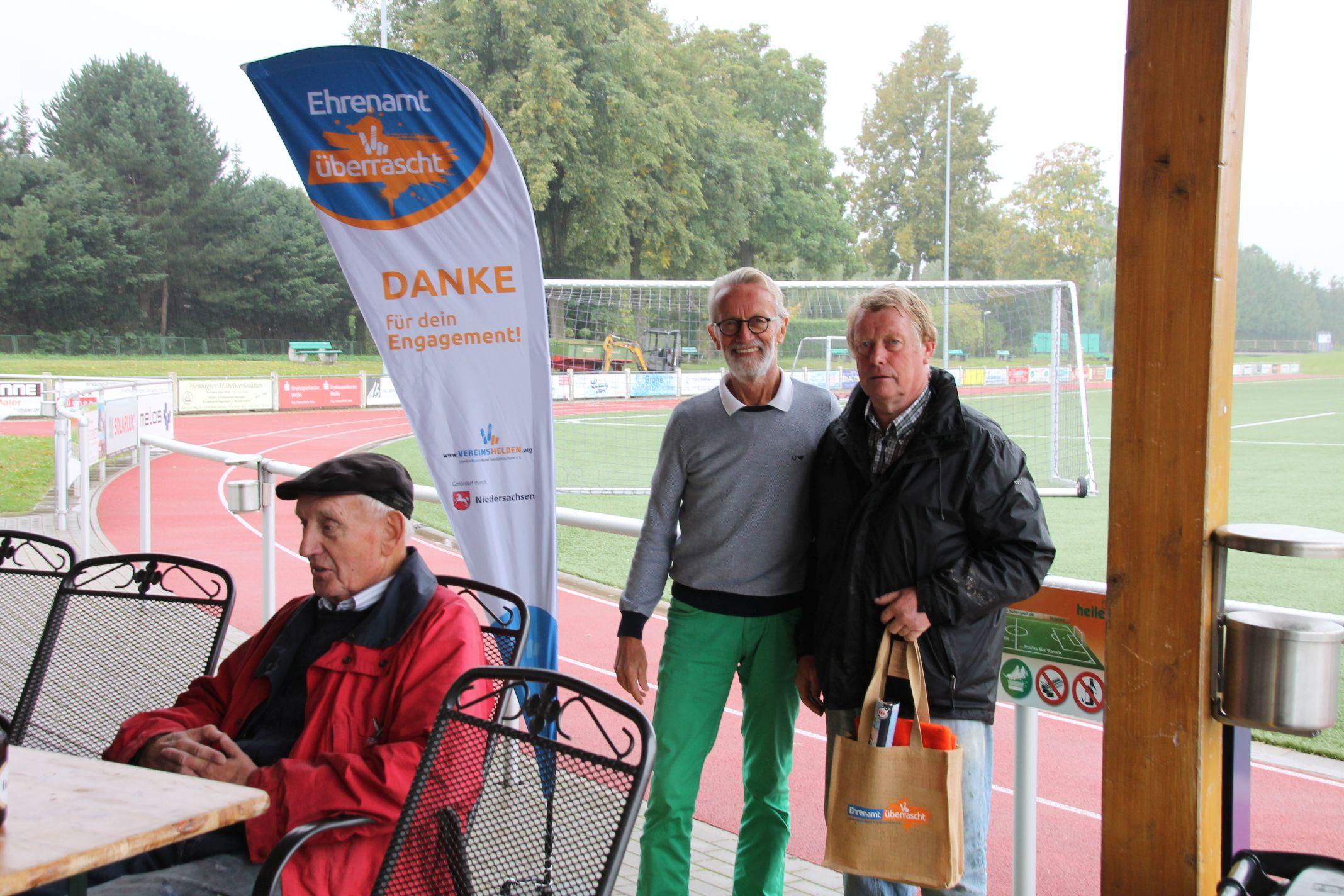 Ehrenamt überrascht – Heinz Hüdepohl wurde geehrt